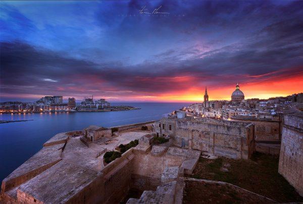 Red Runrise over Valletta