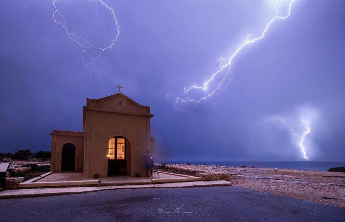 Stormy l-ahrax