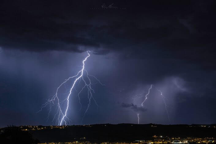 Freak Lightning